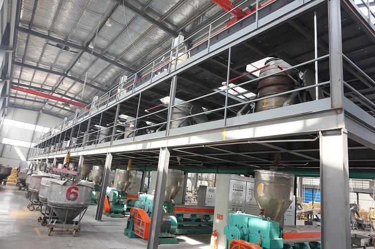 中新华美塑料颗粒全自动化生产线