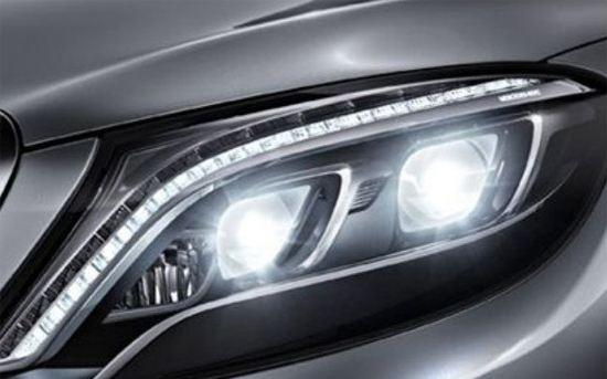 透明塑料在新能源汽车车灯中的应用