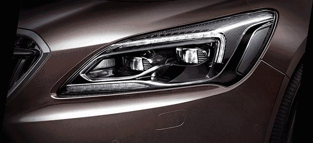 详解汽车车灯双色注塑成型问题及解决方案