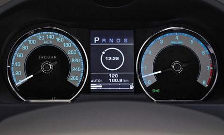 汽车仪表板--中新华美改性塑料